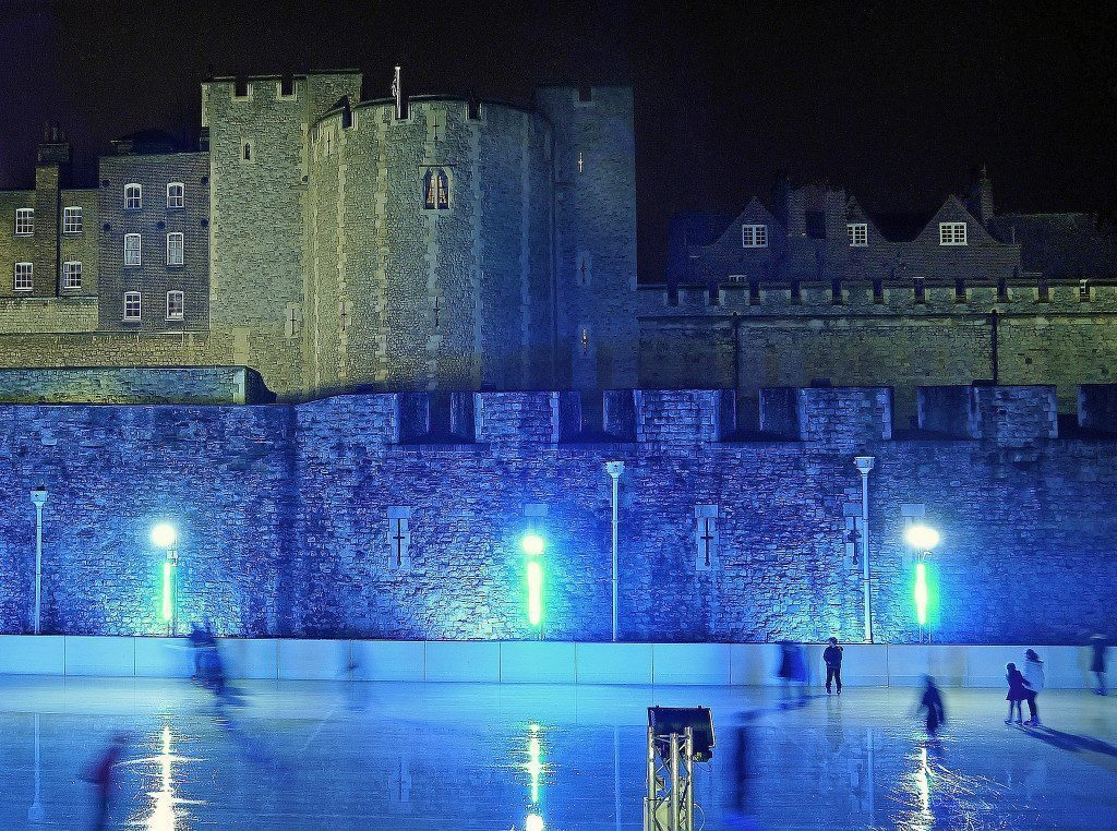 londra-ice-rink-tower-of-london