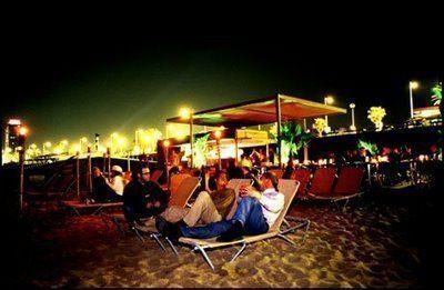 Barcellona musica sulla spiaggia o razzmatazz viaggi for Barcellona vacanze low cost