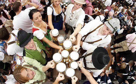 Oktoberfest: 3 regole per sopravvivere alla festa