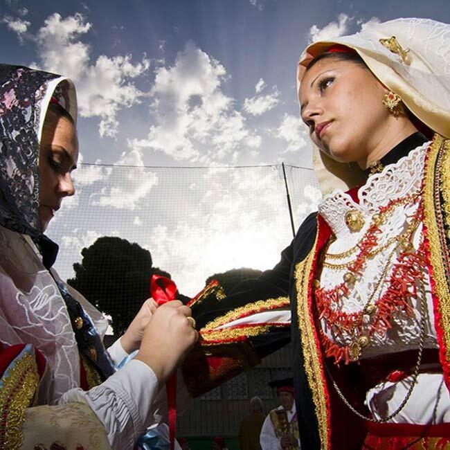 low-cost-sardegna-folclore