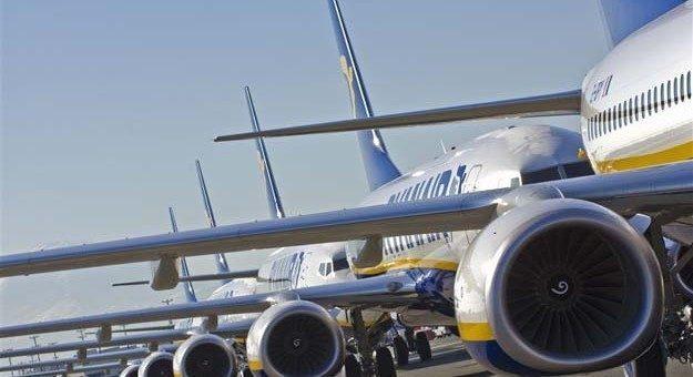 Da oggi voli a 12€ con Ryanair per voli a Natale