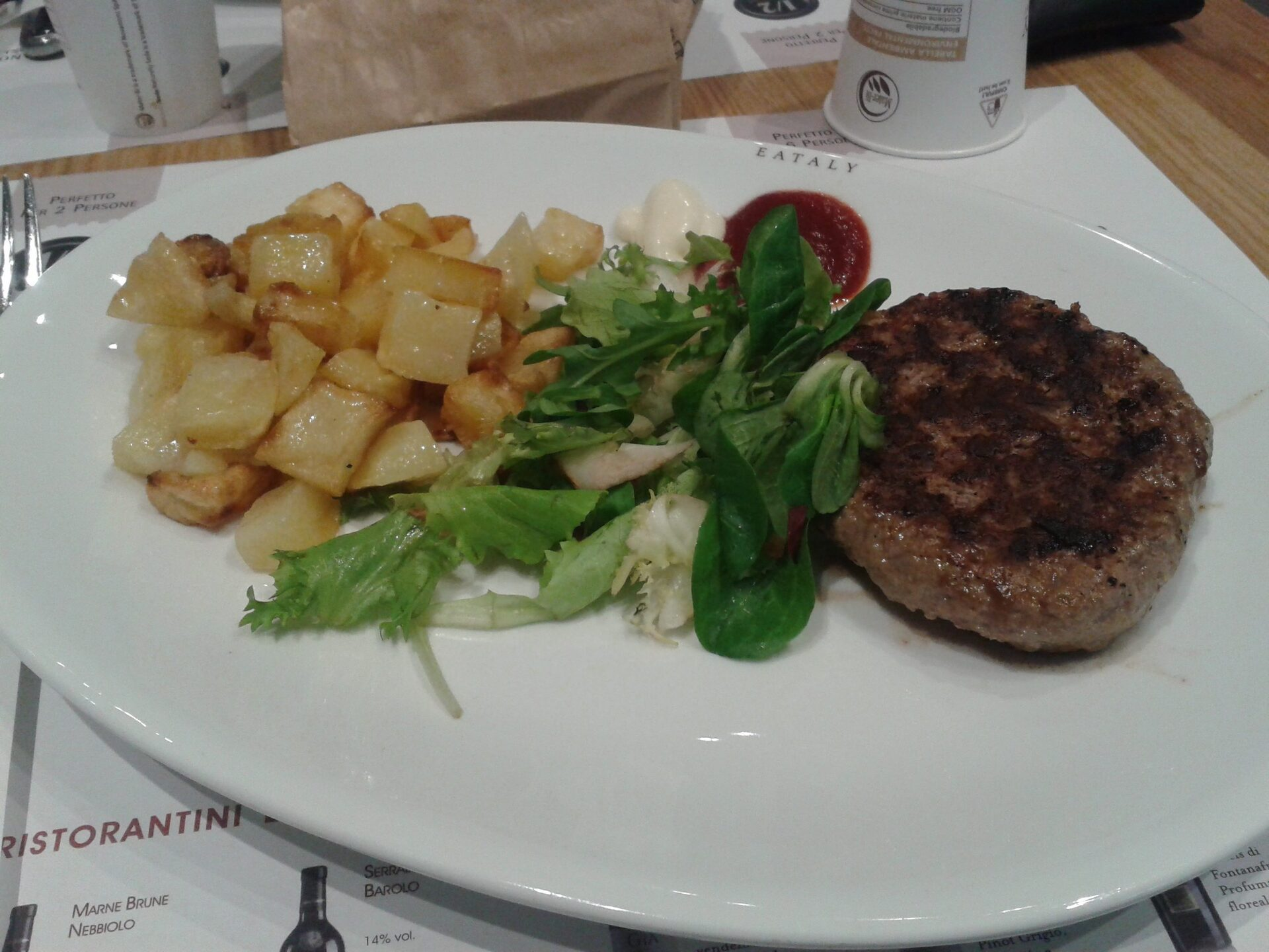 Eataly a roma cosa e dove mangiare a roma viaggi low cost for Cosa mangiare a roma