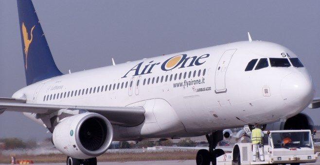 Nuove tratte per AirOne su Milano e Venezia