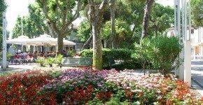 Miniguida di Bellaria: passeggiata per il corso cittadino