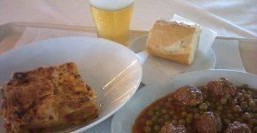 Gino's restaurant & cafè, mangiare romagnolo e thailandese