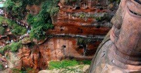 In Cina il Buddha più grande del mondo