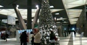 It's Christmas Time alla Stazione di Napoli Centrale