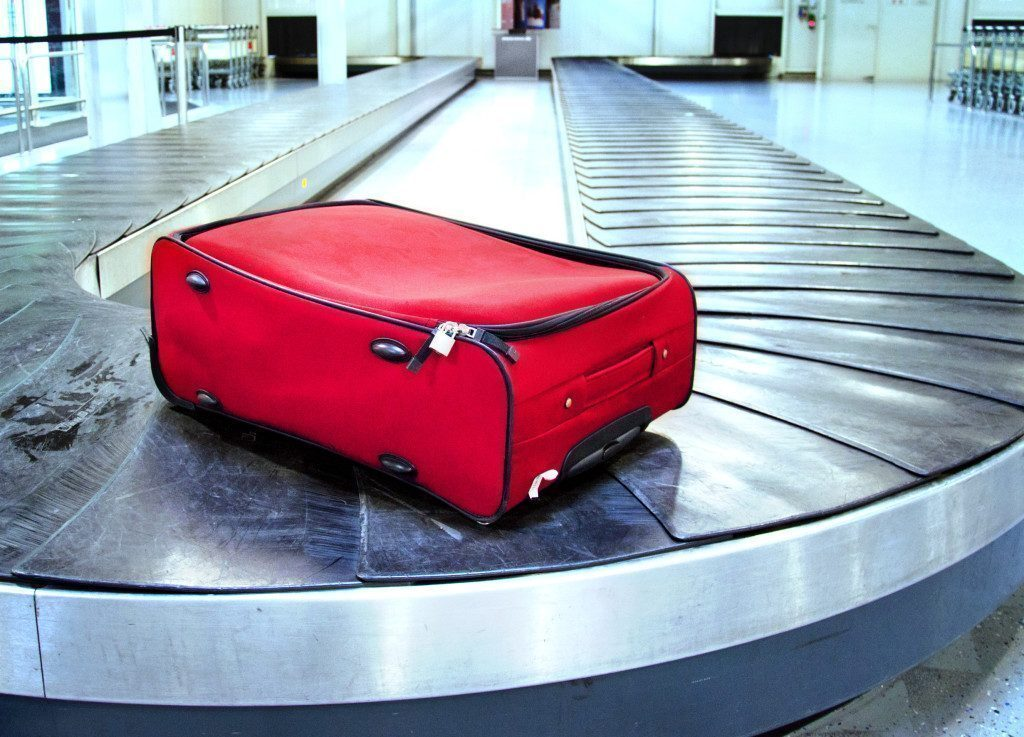Koffer Gepäck vergessen auf Transportband - Lost Luggage