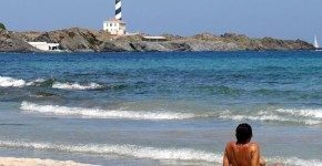 Spiagge per nudisti in Spagna, 3 indirizzi utili