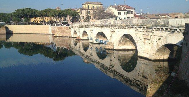Ponte di Tiberio a Rimini e la leggenda del diavolo