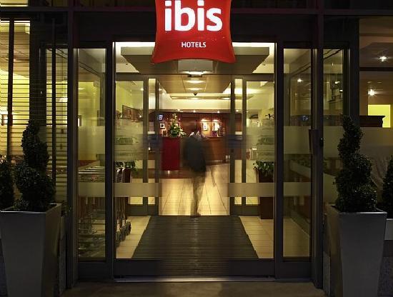 ibis-ingresso-londra