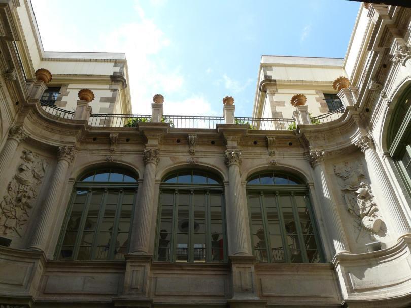 Visite gratuite a barcellona la virreina viaggi low cost for Barcellona vacanze low cost