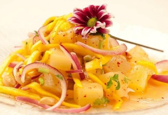 Tai Thai Cuisine & Lounge