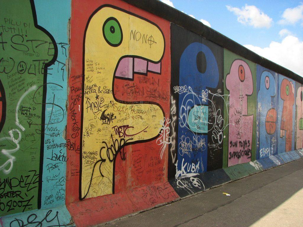 east-side-gallery-berlino