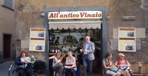 Via dei Neri a Firenze: la strada del buon cibo low cost