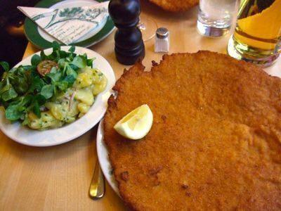 La vera wiener schnitzel a Vienna, da Figlmuller