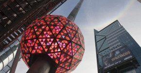 New Year's Ball Drop a New York a Capodanno