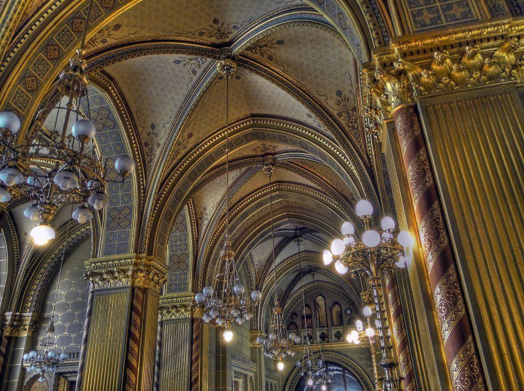 budapest-parlamento-interno-ungheria