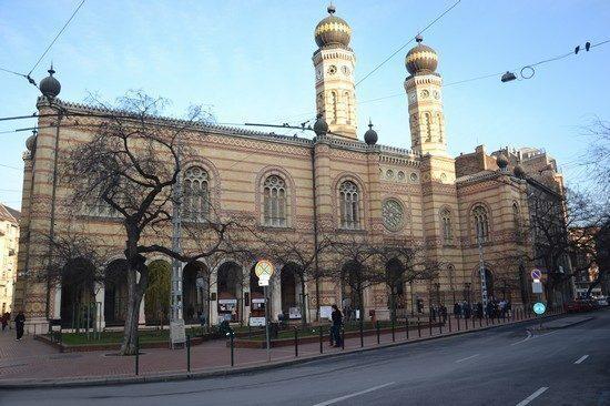 budapest-sinagoga-esterno