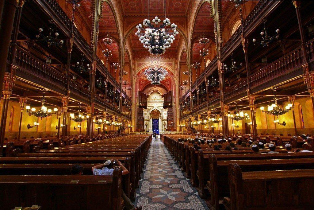budapest-sinagoga-interno-ungheria