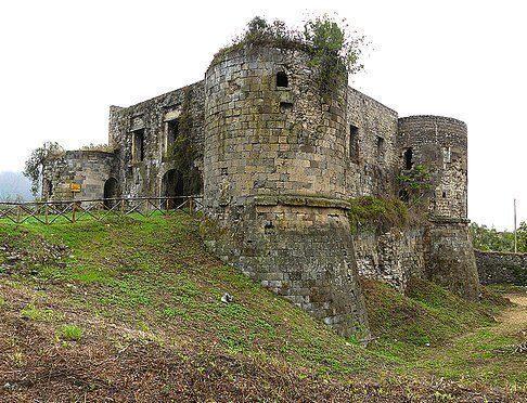 calvi-risorta-castello-aragonese