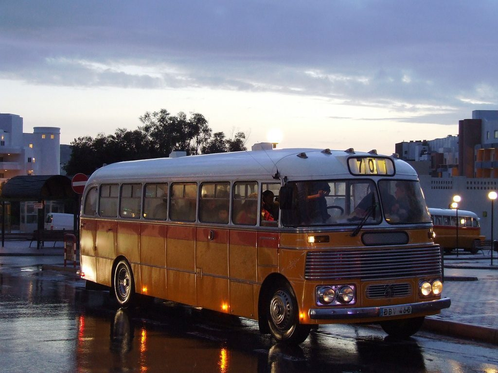 bus-malta