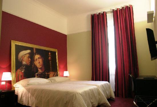 recensione club hotel dove dormire a milano low cost