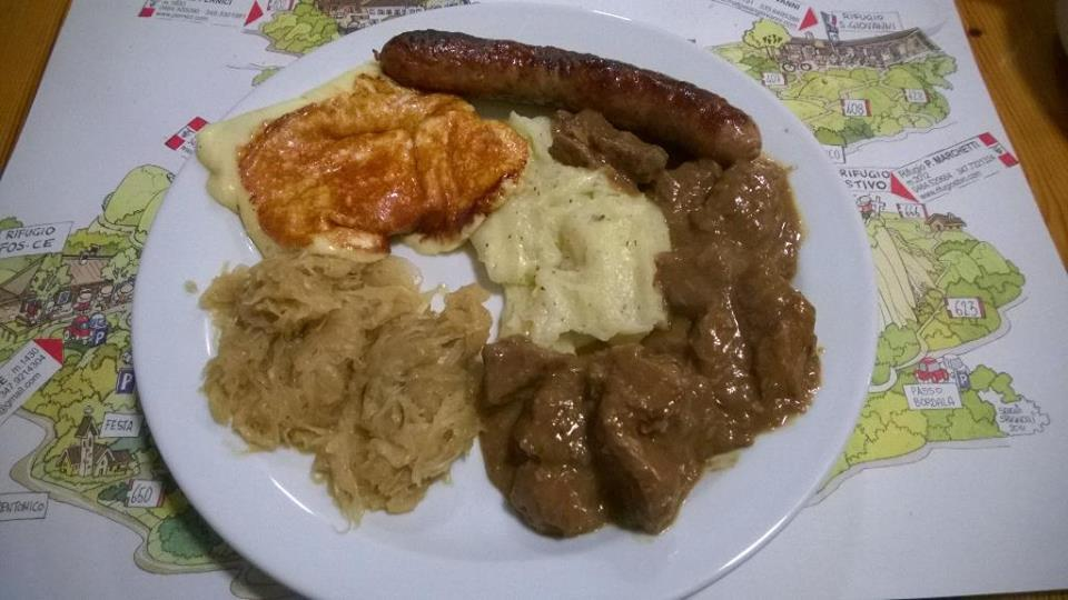 cena-tipica-malga