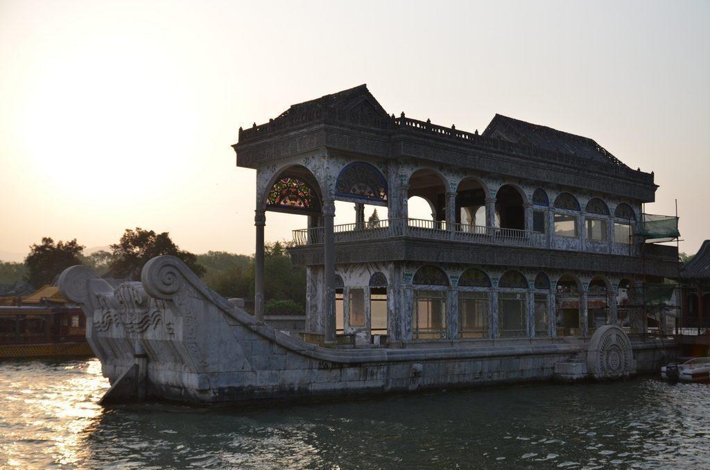 palazzo-imperiale-tramonto