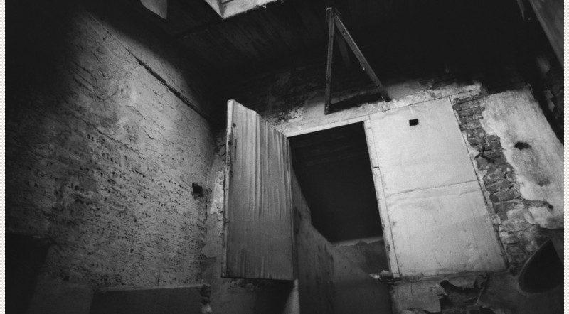 (5)-Press-Image-l-David-Lynch-Untitled-(Lodz)-2000