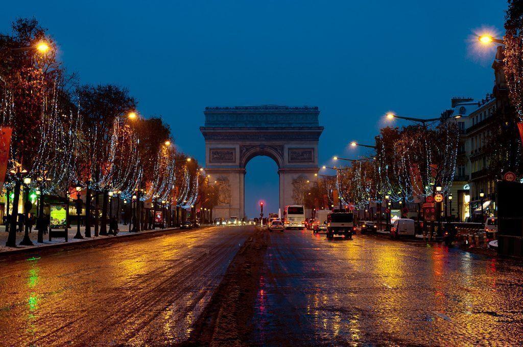 parigi-Champs-Elysée-natale