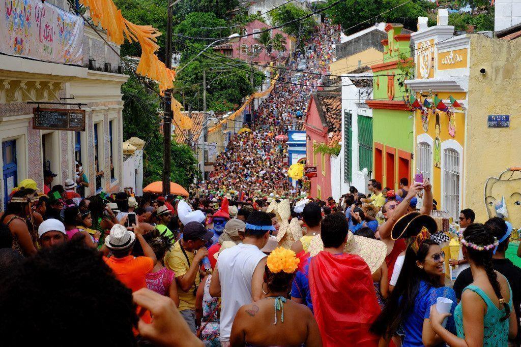 brasile-olinda-mare-di-gente