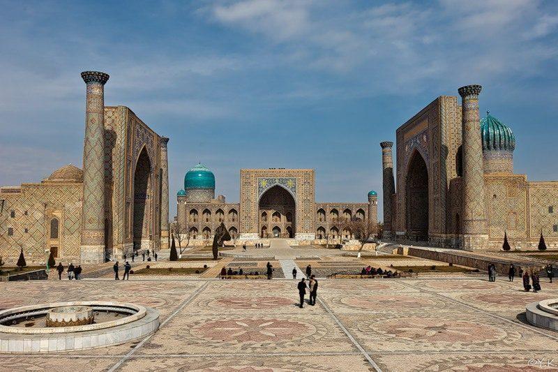 Uzbekistan-arte
