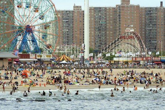 new-york-coney-island-spiaggia