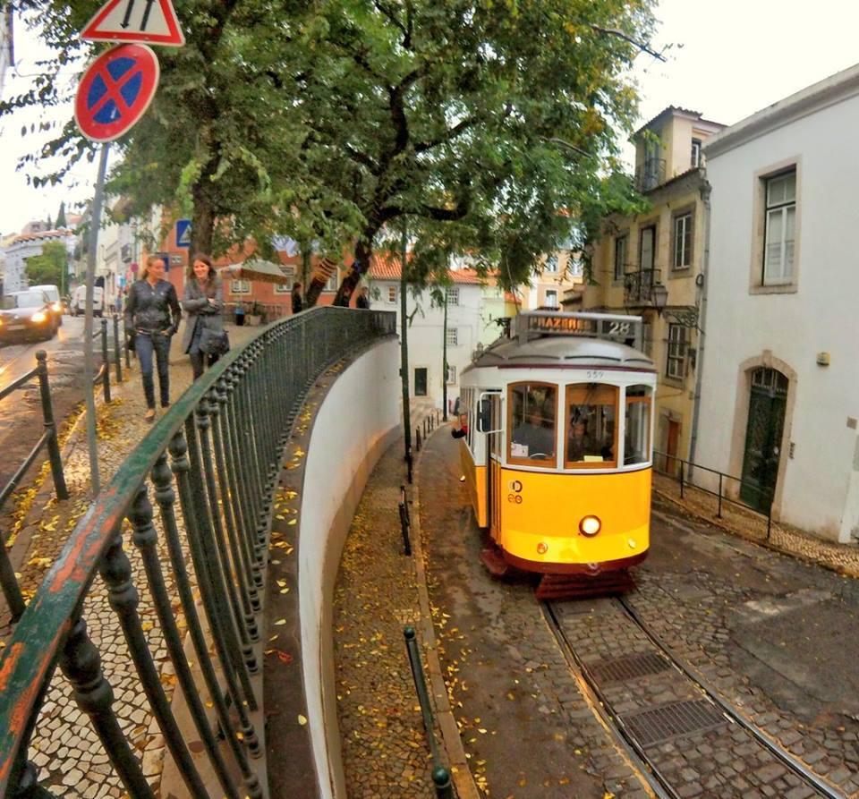 lisbona-tram28-federica-piersimoni