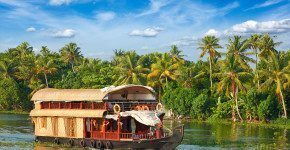 Kerala, escursione houseboat in India