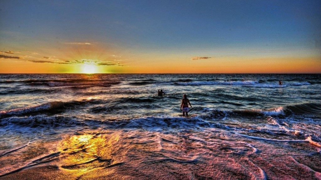 perth-Scarborough-tramonto