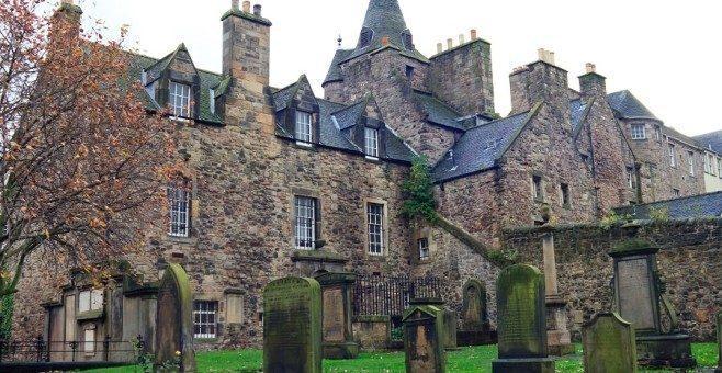 Edimburgo, tour dei fantasmi in Scozia