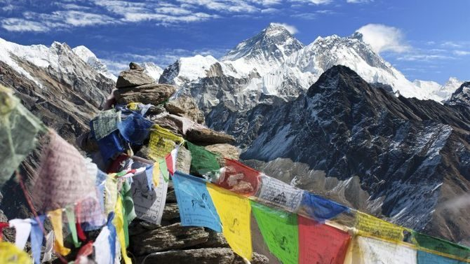 nepal-trekking-montagne