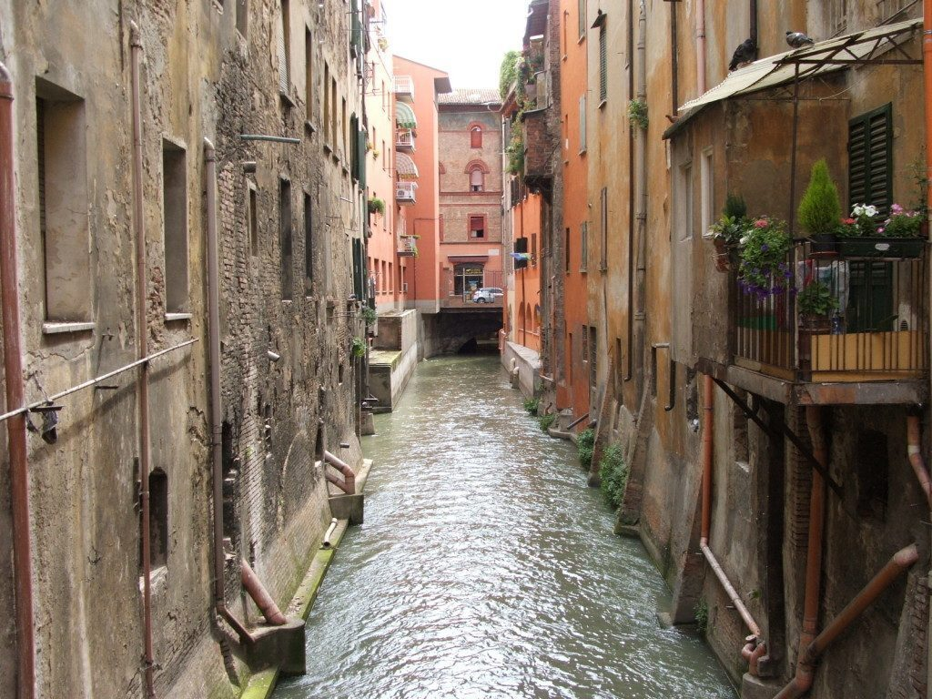Bologna-Canale_a_San_Vitale-DSCF7127