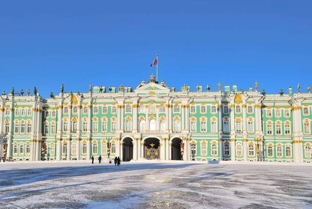 Saint-Petersburg.  Winter Palace