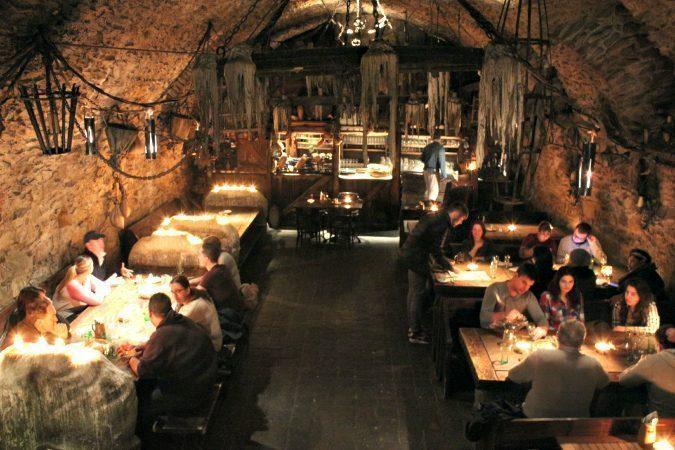 praga-Medieval Tavern