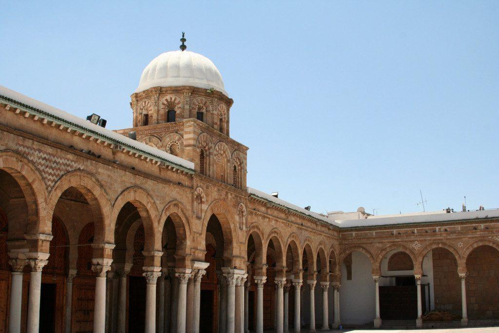 tunisia-Moschea al – Zaytuna
