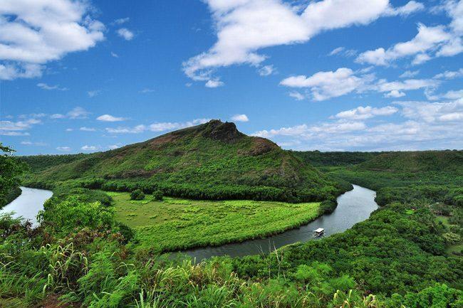 hawaii-Wailua River Valley