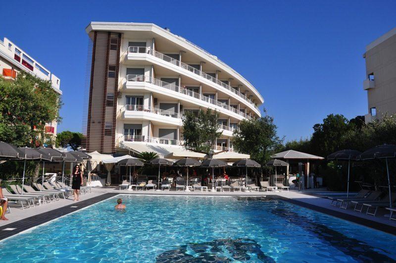 Hotel-Mariver-esterna