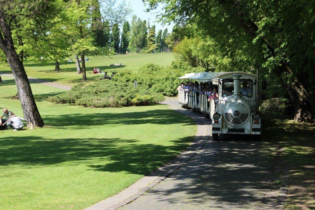 Parco giardino sigurtà - come visitarlo trenino