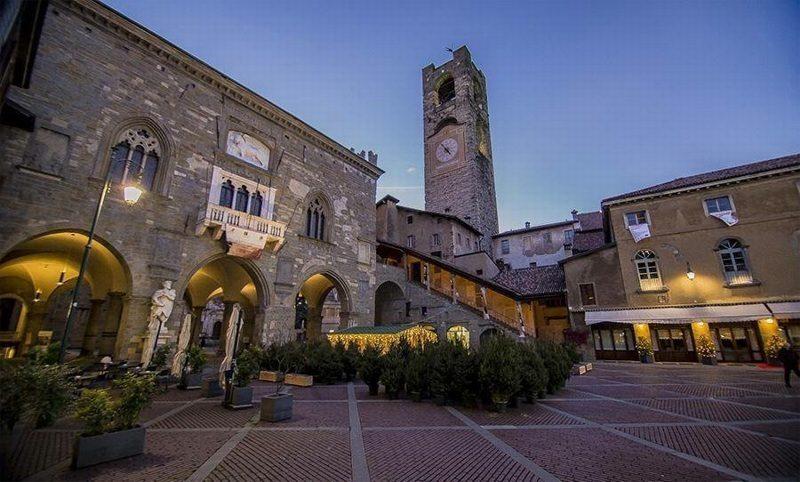 Bergamo a natale tradizioni e attivit natalizie a for Negozi di arredamento bergamo