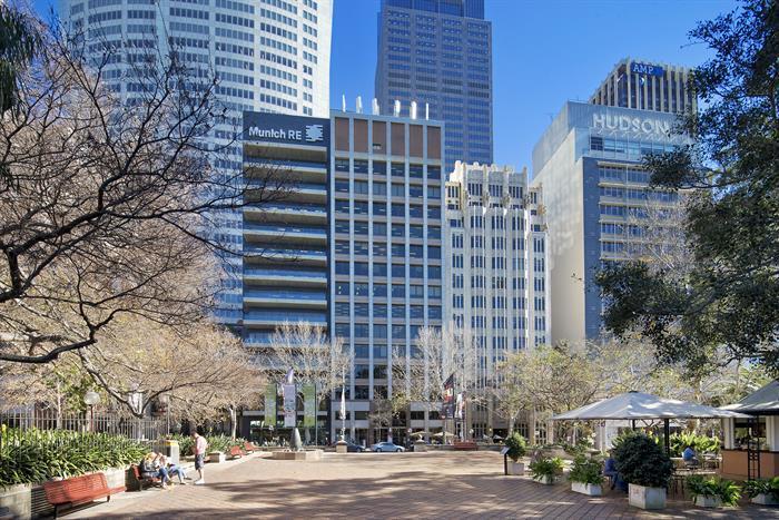 sydney-macquarie-street