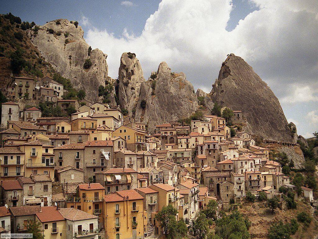 castelmezzano-borgo