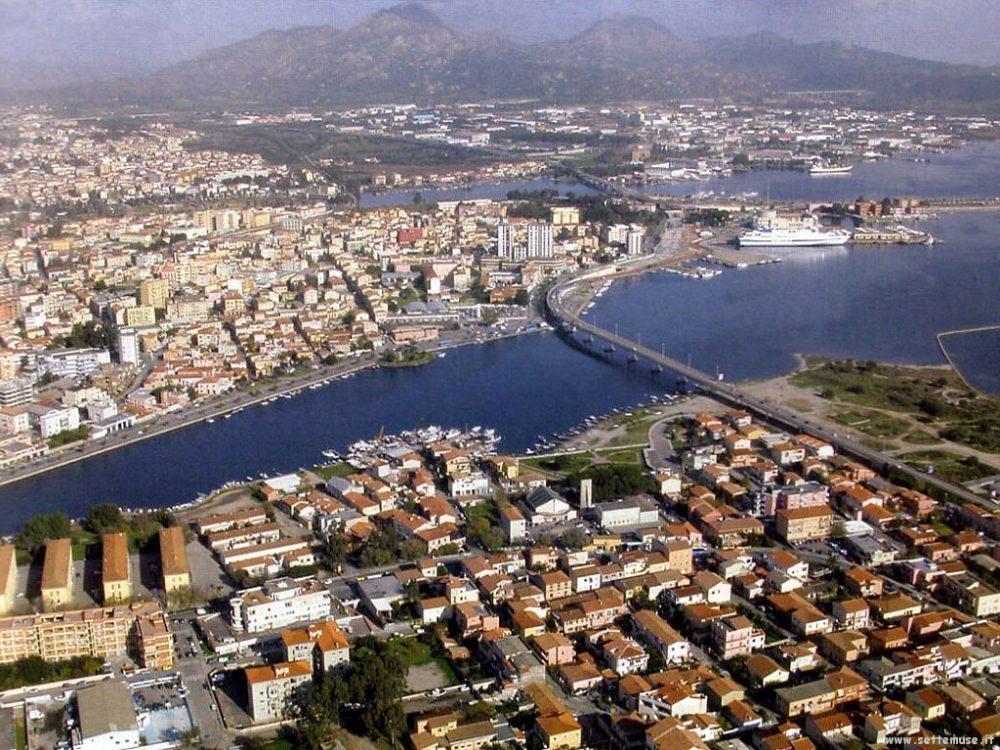 Olbia centro storico cittadina vivace con luoghi d for Centro divani olbia